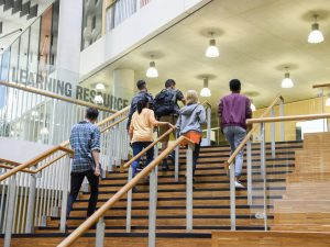 Start Your Education Right: Top Tips for Freshers